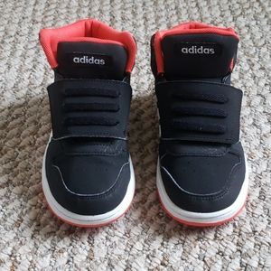 Toddler Adidas Hoops Mid 2.0 size 10